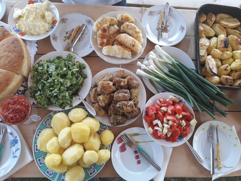 Traditional Montenegrin food, food in katuns