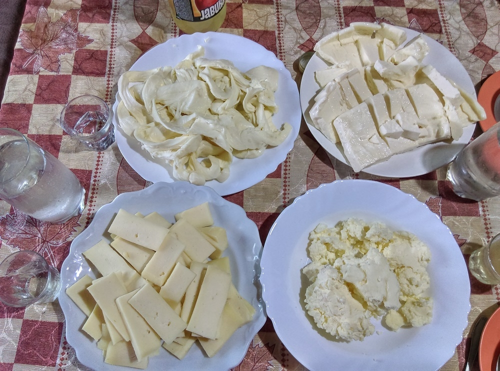 traditional dishes in Montenegro, local cheese, lisnati, goat cheese