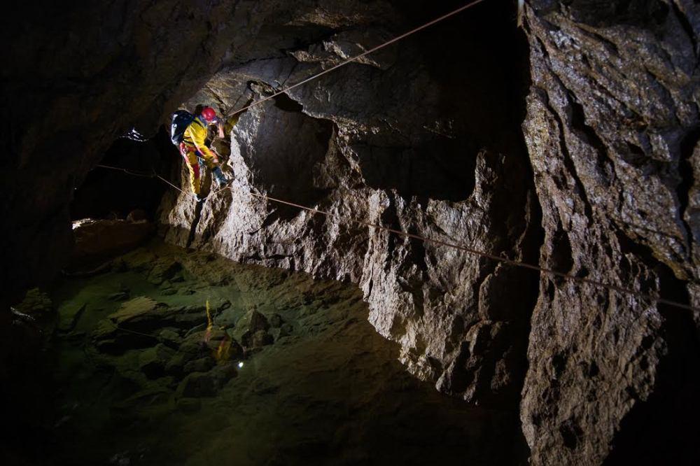 caving montenegro