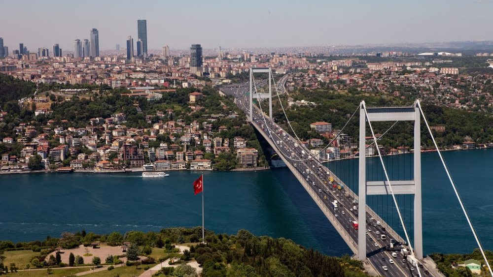 Bosfor, Istanbul, putovanje za osmi mart