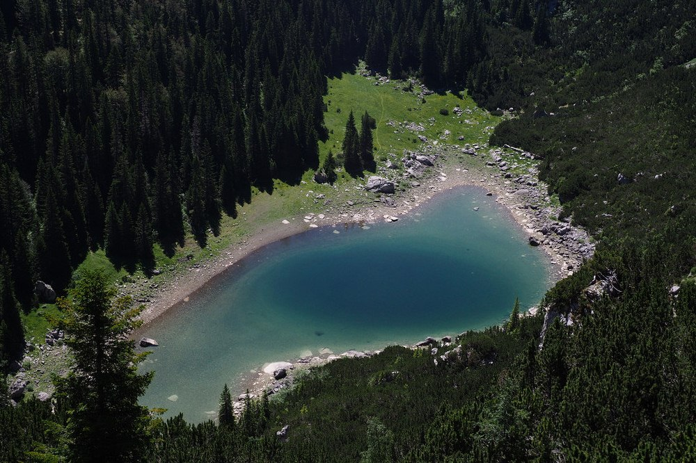 Jablan lake montenegro, durmitor national park