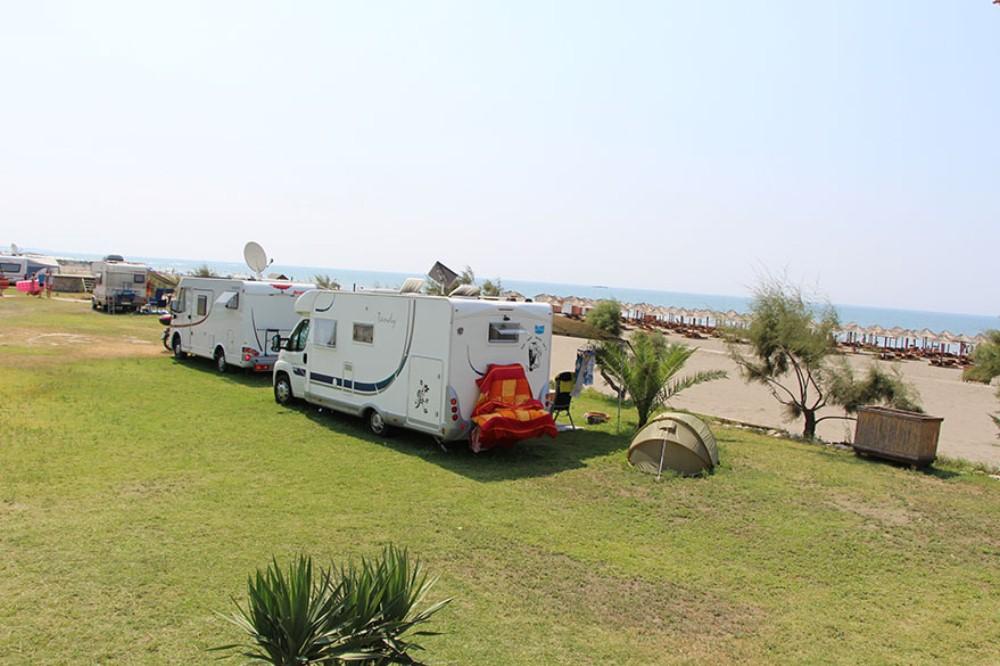 ulcinj camping, safari beach